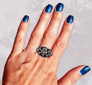 blue nails2
